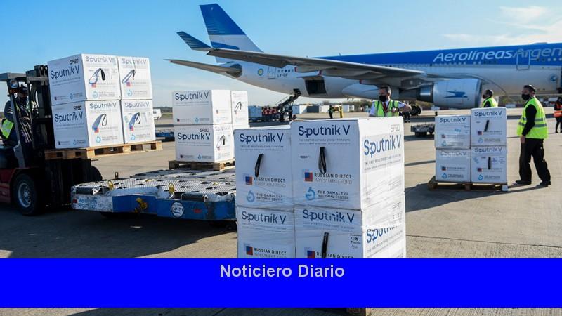 Llega el primer lote del ingrediente activo para la fabricación de vacunas por Aerolíneas Argentinas