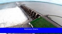 Elevan artificialmente el caudal del Paraná para garantizar la navegación por Yacyretá