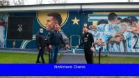 Messi participó en la inauguración de un mural en el AFA Site