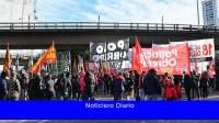 Organizaciones piqueteras cortan las subidas a Puente Pueyrredón desde Avellaneda