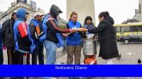 Organizaciones sociales reiteran los 'desayunos populares' en el Obelisco y Congreso
