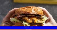 Por qué no deberías comer una hamburguesa mientras conduces