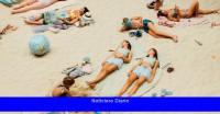 Reseña: En 'Sun & Sea', holgazaneamos hasta el fin del mundo