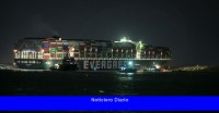 Se llega a un acuerdo por un barco atascado que bloqueó el canal de Suez en Egipto